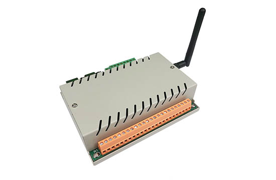 8 channel relay controller